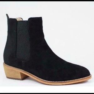 Shoes - Shoes - black booties